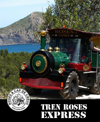 Tourism Train Rosas with tourists on the mountain